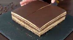 Opera Cake Recipe - What a lovely cake! Credit: Home Cooking Adventure Informations About Opera Cake Recipe Pin You can - Easy Cheesecake Recipes, Easy Cookie Recipes, Sweet Recipes, Popcorn Recipes, Köstliche Desserts, Delicious Desserts, Dessert Recipes, Yummy Food, Food Cakes
