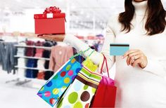 How to Keep Your Identity Safe When Shopping During the Holidays