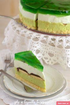 Tort Shrek o smaku kiwi Biscuit Bread, Polish Recipes, Breakfast Cake, Chocolate Cookies, Macaroons, Let Them Eat Cake, Cake Cookies, Cake Recipes, Food Photography