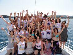 그리스 코퓨 섬에서 단체사진 우리는 모두 컨티키!!!