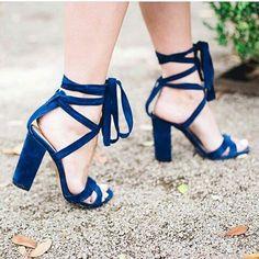 a22e7e9bb Comprar Sapatos, Sapatos Sandálias, Sapatos Lindos, Roupas, Sandalia Salto  Bloco, Sapatilhas