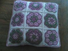 Crochet african flower cushion in Drops Paris cotton for Bex - pattern from made in k-town