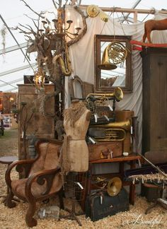 All Things Beautiful: Finding Inspiration {Marburger Farms Antique Show}, Our Booth at Marburger Farms, Perspective Design Flea Market Displays, Antique Store Displays, Flea Market Booth, Antique Mall Booth, Antique Booth Ideas, Flea Market Style, Vintage Display, Vintage Decor, Shop Displays