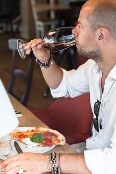 In vino veritas - heute werfen wir einen Blick in unsere Weinauswahl.   PS: Welches ist euer persönlicher Lieblingswein? In Vino Veritas, Ps, Ethnic Recipes, Food, Italian Recipes, Essen, Meals, Yemek, Photo Manipulation