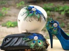 Shoe Clips Peacock Fan can be used on clutches or as a hair accessory :) ITS PEACOCK!!!!!!!!