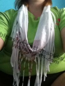 Easy recycled t-shirt scarf