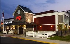 Red Lobster Coupon: $10 off 2 Entrees!  {+ 39 Red Lobster Recipes to try at home!}  http://takecoupons.net/restaurantscoupons/item/red-lobster-coupons