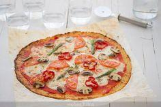 Pizza de masa de coliflor: una base sin harina muy digestiva Vegetable Pizza, A Food, Veggies, Healthy Recipes, Healthy Food, Base, Empanadas, Quinoa, Foodies