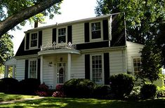 Colonial Revival in Simcoe Colonial Revival Architecture, Interior Decorating, Art Deco, Mansions, House Styles, Building, Outdoor Decor, Home Decor, Buildings