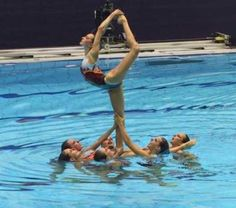 Synchronized Swimming, Swimming Diving, Ea Sports, Sports Women, Pilates Videos, Mermaid School, Water Life, Swim Team, Summer Olympics