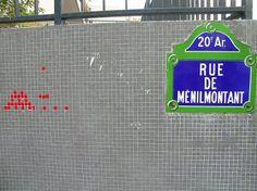 Le Space Invader de la rue de Ménilmontant (Paris 20ème).