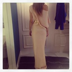 Great dress to wear as a wedding guest :)