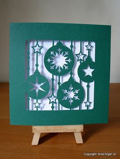 Papercutting of Christmas Tree Decorations Red & Green | 12 cm Paper Cut Xmas Tree Decor Pattern Card Papercut