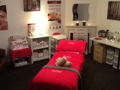 Chapels lovely Guinot Room :) Facial Pics, Esthetician Room, Therapy, Skin Care, Bed, Furniture, Beauty, Home Decor, Decoration Home