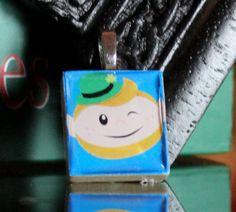 Leprechaun sticker mounted on a scrabble tile makes for a gorgeous Irish pendant!
