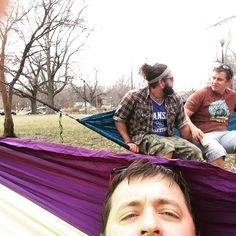 #hammocklife #hammocks #hammonomics by @skulskie_