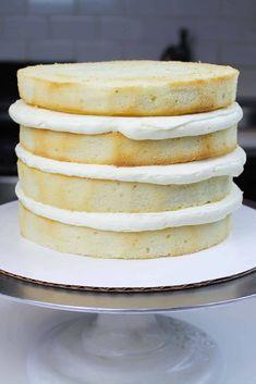 Best Vanilla Cake Recipe With Vanilla Buttercream Frosting – Chelsweets Bestes Vanillekuchen Rezept Mit Vanille Buttercreme Zuckerguss – Chelsweets Best Vanilla Layer Cake Recipe, Layer Cake Recipes, Best Cake Recipes, Dessert Recipes, Best Vanilla Cake Recipe For Stacking, Best Vanilla Cake Recipe Moist, Vanilla Cake Recipes, White Cake Recipes, Wedding Cake Recipes