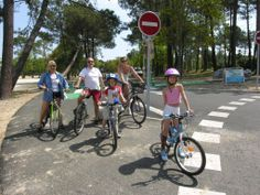 110km of cycle paths along the beautiful coast line near La Tranche sur Mer. Enjoy magical adventures together exploring the forests, quaint villages and wonderful vine yards! #bikes #holidays #vendee #France #villas #gites