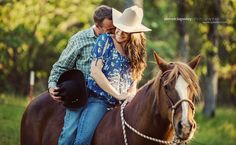 I must admit that we live in some beautiful country if we take the time to Horse Photography, Couple Photography, Engagement Photography, Cute Country Couples, Cute N Country, Country Engagement Pictures, Engagement Photos, Couple Picture Poses, Couple Pictures