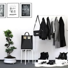 Via Amanda Stas | Minimal Wardrobe Rack | Black and White