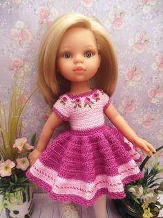 Елена Будыкина Crochet Doll Dress, Crochet Barbie Clothes, Crochet Doll Pattern, Knitted Dolls, Girl Doll Clothes, Girl Dolls, American Girl Outfits, American Girl Crochet, Wellie Wishers Dolls