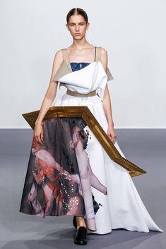 Viktor & Rolf Fall 2015 Couture Fashion Show - Sabina Lobova (Elite)