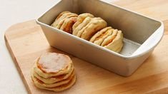 Pull apart bread is a fun and tasty twist on traditional sweet rolls. Pillsbury® Grands!® refrigerated biscuits make it ultra easy to bake up this impressive treat.
