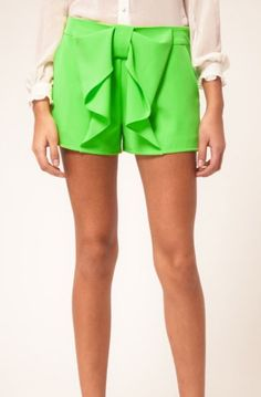 Lime statement shorts for spring/summer
