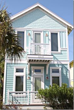 Aqua beach cottage...be still my heart!