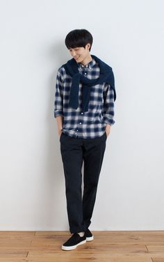 MUJI | OGC FLANNEL CHECK BUTTON DOWN SHIRT | LESS ITCHINESS MIDDLE GAUGE RIB TURTLE NECK SWEATER | WEST POINT CLOTH TROUSERS | BRUSHED SLIP-ON SNEAKERS