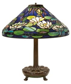 Tiffany Pond Lily Library Lamp. Circa 1906   Photo: The Neustadt Collection of Tiffany Glass, New York City.