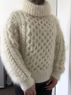 I love soft, fuzzy sweaters . and what they do for the men and women who wear them! Wool Sweaters, Knitwear, Men Sweater, Turtle Neck, Pullover, Knitting, Stylish, Hot, How To Wear