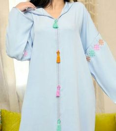 Mode Abaya, Mode Style, Traditional Dresses, Summer Collection, Hijab Fashion, Pretty Outfits, Style Inspiration, Kaftans, Model