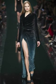Elie Saab 2014 2015 Collection>> click for details #eliesaab #pfw