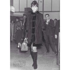 Audrey Hepburn and her Louis Vuitton Monogram Speedy 25.
