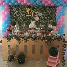O jardim floriu pra festejar 2 anos de Liz, uma menina linda, cheia de carisma e simpatia. 🌸🍃🎀🍃🌸 @leticia.borges.3726 #lizfaz2 #festajardim #temamenina #jardimdeliz #flordeliz #papelariapersonalizada #personalizadosdeluxo #personalizadosjardim #scrap #scrapfesta #scrapfestabylayla #laylascrapfesta