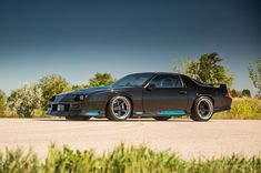 Is the third-gen #Chevrolet Camaro the official muscle car of Generation X? Brandon's awesome '91 #Camaro #Z28 is powered by a 460HP 346ci LS1 mated to a Tremec T-56 transmission and rides on Koni adjustable dampers, Ground Control coilovers, Baer brakes, and 18x10/18x11 #Forgeline #FF3 wheels finished with Satin Black centers and Polished outers! See more at: http://www.forgeline.com/customer_gallery_view.php?cvk=1858  Photo courtesy of Super #Chevy Magazine. #protouring