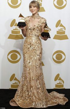 Taylor Swift in Zuhair Murah at the Grammy Award 2012 #taylorswift