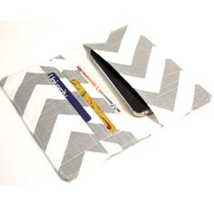 Items similar to Cell Phone Wallet - Chevron Print - Gray and White - Smart Phone Wallet on Etsy Sewing Hacks, Sewing Crafts, Sewing Projects, Diy Wallet, Cell Phone Wallet, Purse Organization, Best Phone, Love Sewing, Girly Things
