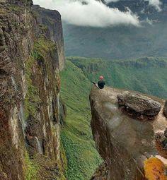 Maravillas de Venezuela Fotografía cortesía de @anthonybrice_1 #LaCuadraU #GaleriaLCU #Roraima #Venezuela