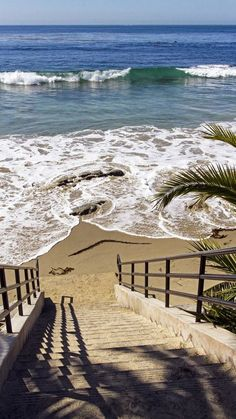 ღღ Steps to Paradise ~~ Main beach, Laguna Beach, California. I LOVE Laguna Beach! Magic Places, I Love The Beach, All Nature, Ocean Beach, Seaside Beach, Beach Cabana, Secluded Beach, Sunset Beach, Beach Club