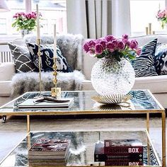 5 Key Pieces For A Chic Coffee Table #homedecor #interiordeisgn #livingroom