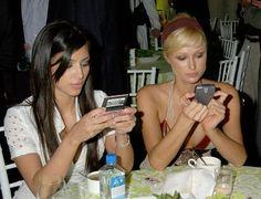 Pin for Later: Kim Kardashian, de Party Girl à Hot Mama  Avec sa BFF Paris Hilton, en 2006