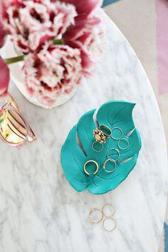 DIY: palm leaf ring dish