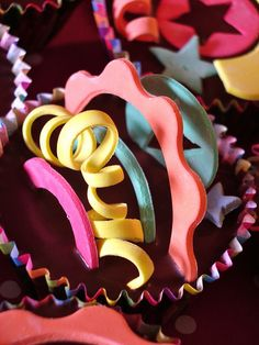 circus cupcake by nice icing, via Flickr