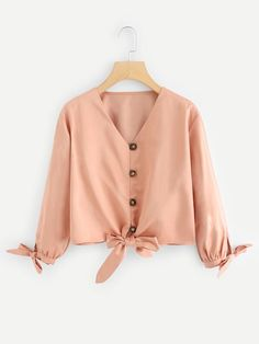 Cute Plain Asymmetrical Shirt Regular Fit V neck Long Sleeve Placket Pink Crop Length Knot Hem Solid Blouse Pink Fashion, Hijab Fashion, Fashion News, Fashion Outfits, Blouse Styles, Blouse Designs, Casual Skirt Outfits, Cute Outfits, Spring Shirts