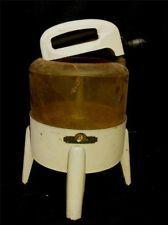 Old Wolverine Toy Kids Washing Machine Childs Play Clothes Vintage Hand Washer Small Washing Machine, Washing Machines, Vintage Modern, Vintage Toys, Miniature Kitchen, Toy Kitchen, Homemaking, Glass Jars, Washer