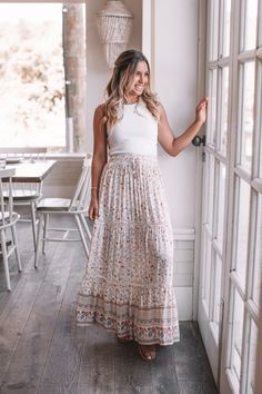 Dress Skirt, Lace Skirt, Figure Flattering Dresses, Layered Skirt, Modest Dresses, Vintage Inspired, Spring Fashion, Cute Outfits, Style Inspiration