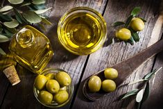 Olive oil has become more popular in recent years because of its healthy attributes. Olive oil contains large amounts of vitamin E and vitamin K. Olive oil is also filled with antioxidants. Beneficios Do Kefir, Olives, Vitamin E, Olive Oil Benefits, Acide Aminé, Cholesterol Lowering Foods, Cholesterol Symptoms, Cholesterol Levels, Herbal Oil