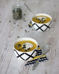 Pumpkin soup - myskikurpitsakeitto Pumpkin Soup, Vegan, Tableware, Squash Soup, Dinnerware, Dishes, Summer Squash Soup